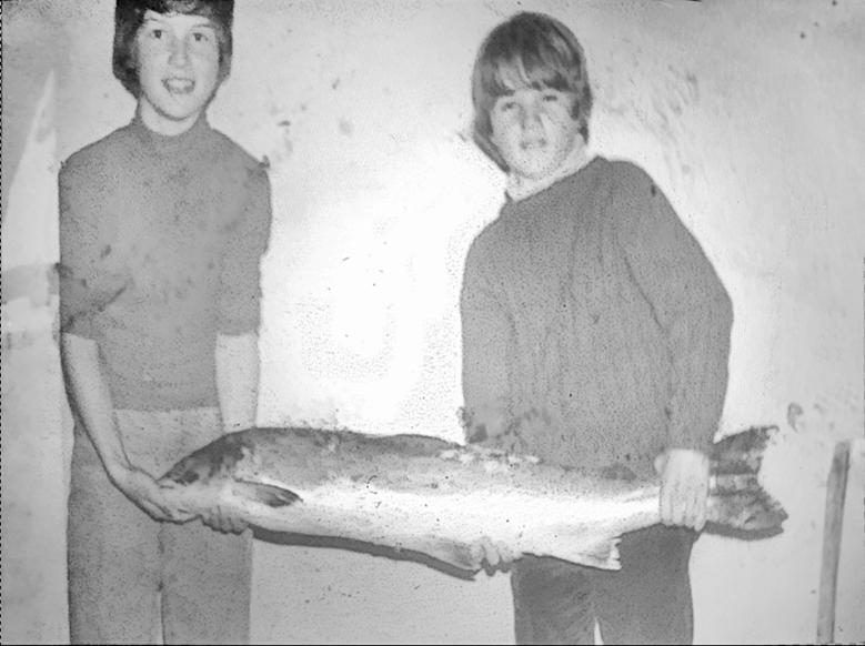 Stig og Ole Bakke - Smart Salmon